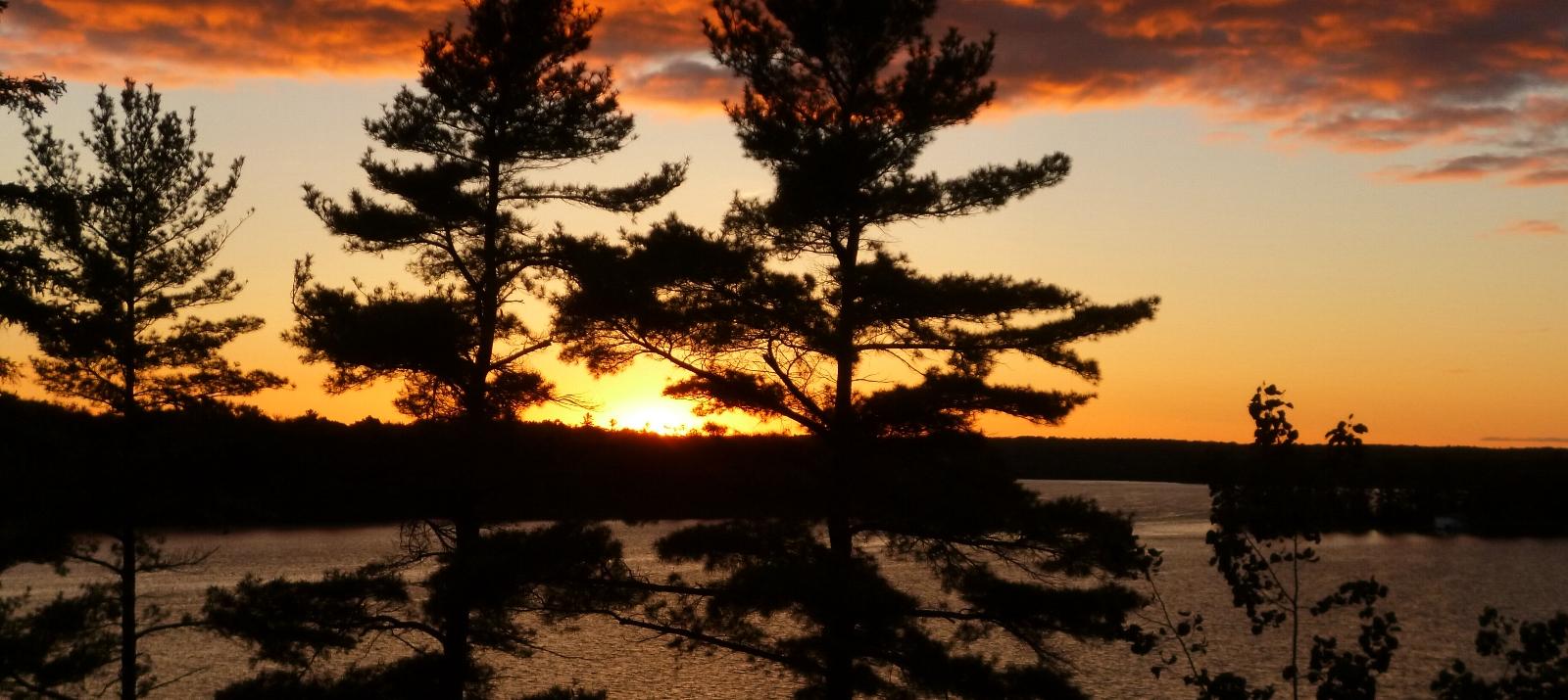 WEBIMAGES: 1600_x_715_sunset_lake.jpg